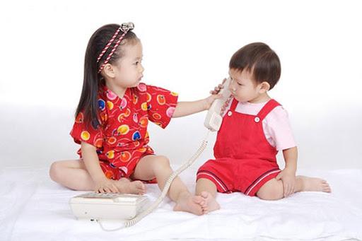 Điều mong ước của bất cứ cha mẹ nào cũng là các con hòa thuận, yêu thương và nhường nhịn nhau. Thế nhưng chỉ vì những điều rất nhỏ trong cuộc sống mà nhiều cha mẹ vô tình khiến mối quan hệ anh chị em trở nên xung khắc.
