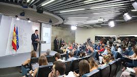 El presidente del Gobierno, Pedro Sánchez, durante la conferencia de prensa. (Foto: Pool Moncloa / Fernando Calvo)