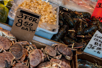 Photo: Took this shot in Chinatown a couple of months ago. You could tell the crabs were fresh, they were still moving.  #worldsmarketfriday (+At the World's Markets Friday) curated by +Ken Ilio (for now).
