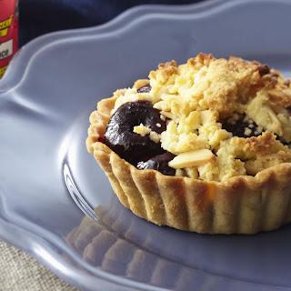 Mini Almond and Cherry Crumble Tarts Recipe