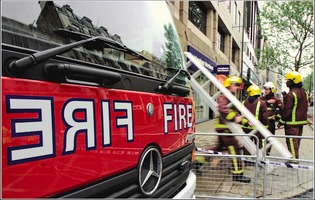 LFB: London Fire Brigade di Pierluigi Terzoli