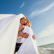Wedding photographer Viktoriya Kosareva (Kosarevavita). Photo of 04.08.2014