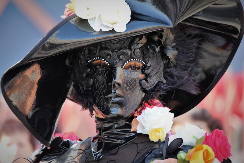 Dietro questa maschera di Airan