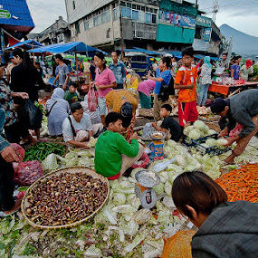Traditional Market by Dian Anugrah - News & Events World Events ( market, vegetables, traditional, people )