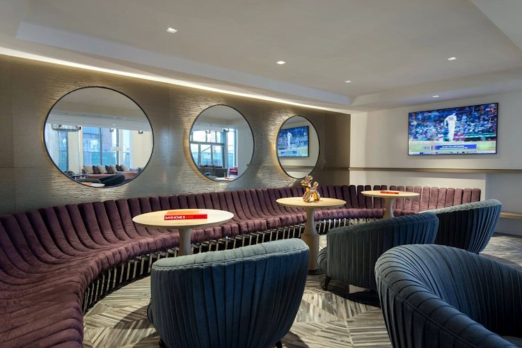 TV Lounge Area in Global Luxury Suites in South End