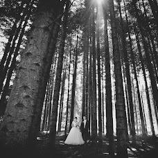 Wedding photographer Vitaliy Petrishin (Petryshyn). Photo of 27.10.2014