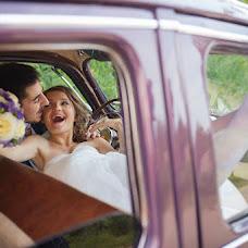 Wedding photographer Svetlana Korzhovskaya (Silana). Photo of 10.10.2014