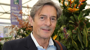Nigel Havers and Rula Lenska in Coronation Street return