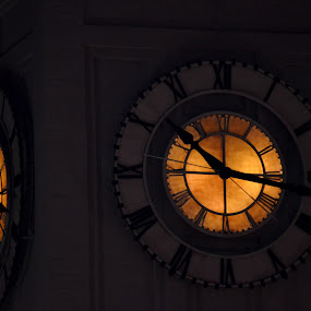 by Maithili Saoji - Artistic Objects Other Objects ( pwcclocks-dq )