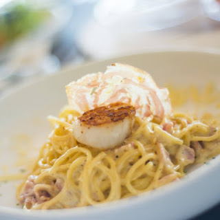 Scallops In Carbonara Cream Sauce Over Linguine