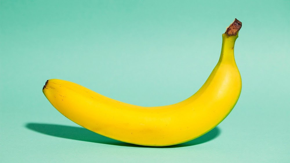 energy-food-and-drink-without-caffeine_banana