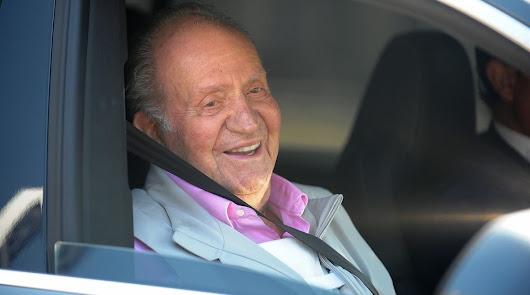 Setenta exministros y altos cargos firman un manifiesto de apoyo a Juan Carlos I