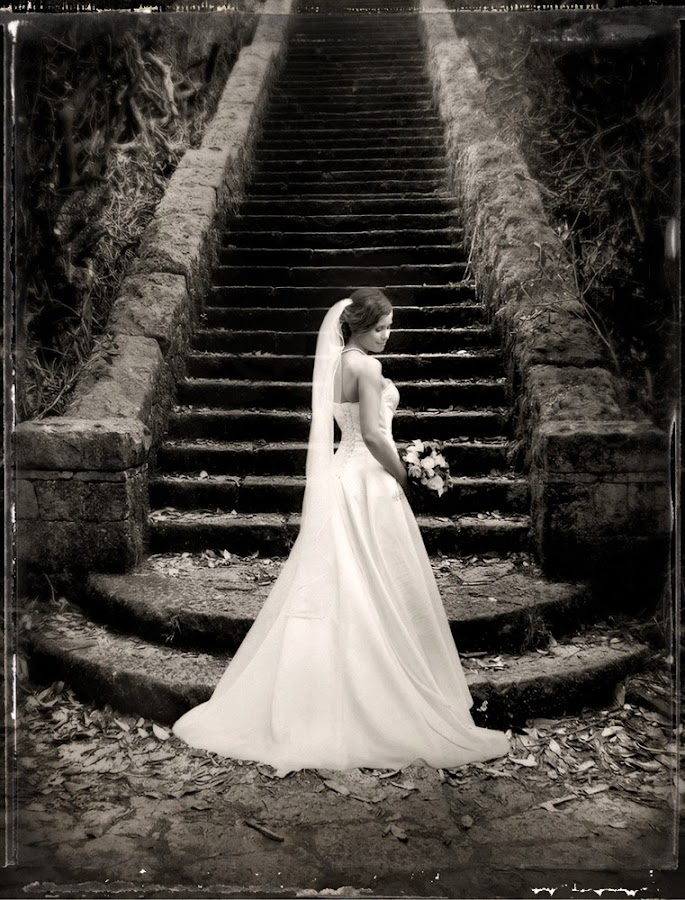 At the stairs by Bryllupsfotograf VSD - People Fine Art