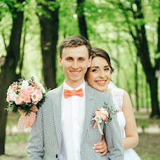 Wedding photographer Sergey Divuschak (Serzh). Photo of 04.07.2017