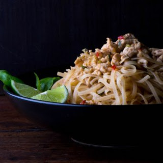 Spicy Rice Noodles with Chicken, Basil and Lime.
