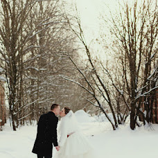 Wedding photographer Larisa Lebedeva (Larisa). Photo of 18.01.2014