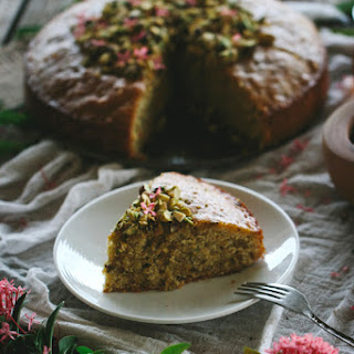 Semolina Cake with Pistachios and Honey.