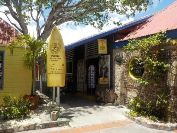 Zemi Art Gallery
