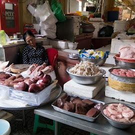 Ben Thanh Market by Hale Yeşiloğlu - City,  Street & Park  Markets & Shops ( market, shops, vietnam, ben thanh market, sleeping,  )