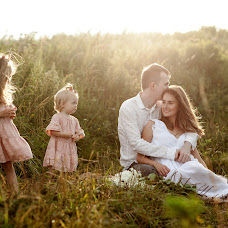 Wedding photographer Valeriya Ovsyannikova (VivaLeria). Photo of 31.08.2017