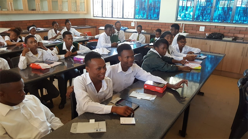 Pupils from Vulamasango Secondary School in Bloemfontein during the rollout of the Omang devices last year.