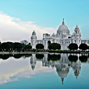 Victoria Memorial Hall-(II) by Saptak Banerjee - Buildings & Architecture Public & Historical ( landmark, building, iconic, kolkata, victoria memorial, , reflection, reflections, people, places, architecture, World_is_Blue, Architecture, Building, Buildings, Exterior, Exteriors, Interior, Interiors, Space, Spaces, HDR, Landmark, Landmarks, Engineering, Tilt Shift, Tiltshift, World, Beauty, Beautiful, Representing, Special, Monochromatic, color, one, tone, tones, mirror, travel, garyfonglandscapes, holiday photo contest, photocontest, #Gautam buddha , villes, rencontres, continents, découvertes curiosités, personnes, marchés )