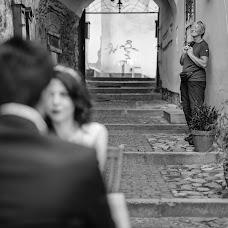 Wedding photographer Claudiu Popescu (claudiupopescu). Photo of 07.01.2017