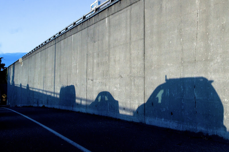 Photo: While the cars lined up to merge onto Mercer St. in Seattle, we rode on by...
