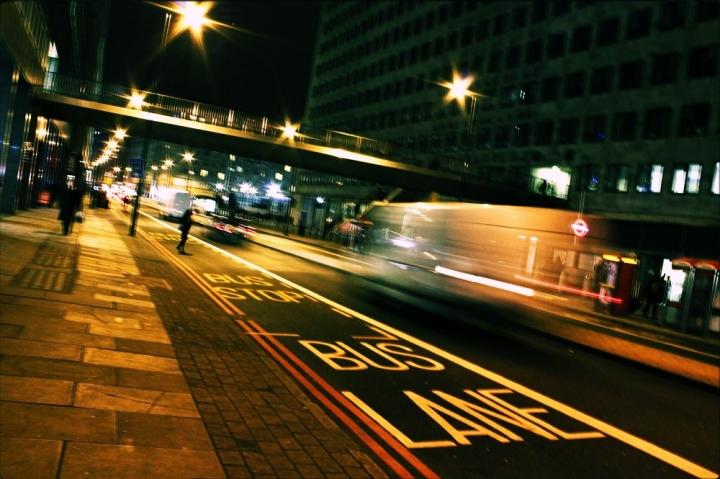 Bus line di Hanami