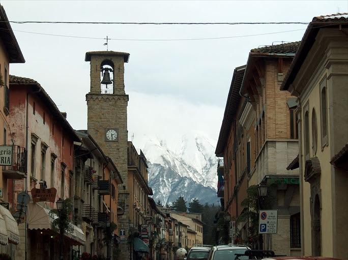 【イタリア中部・アマトリーチェ地震】9歳少女、幼い妹をかばい犠牲に