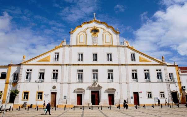 Igreja da Antiga companhia de Jesus