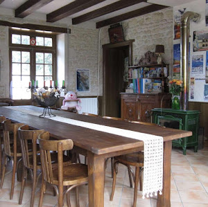 la-piece-daccueil-et-des-petits-dejeuners-au-clos-de-la-garenne-17700-puyravault-en-aunis-marais-poitevin