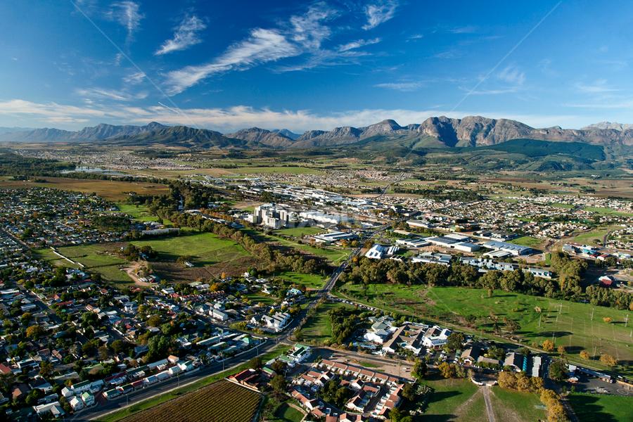Paarl, South Africa | Vistas | City, Street & Park | Pixoto