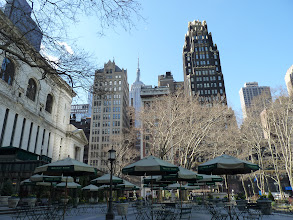 Photo: S'morgens in Bryant Park
