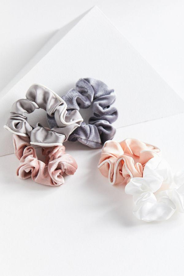 Slide View: 1: Days Of The Week Scrunchie Set