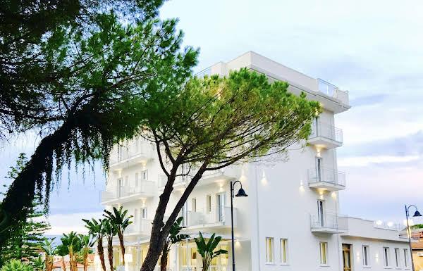 Hotel Sogaris