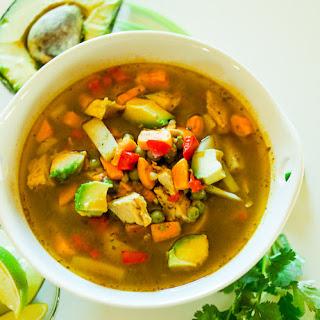 Sopa de Pollo Cilantro