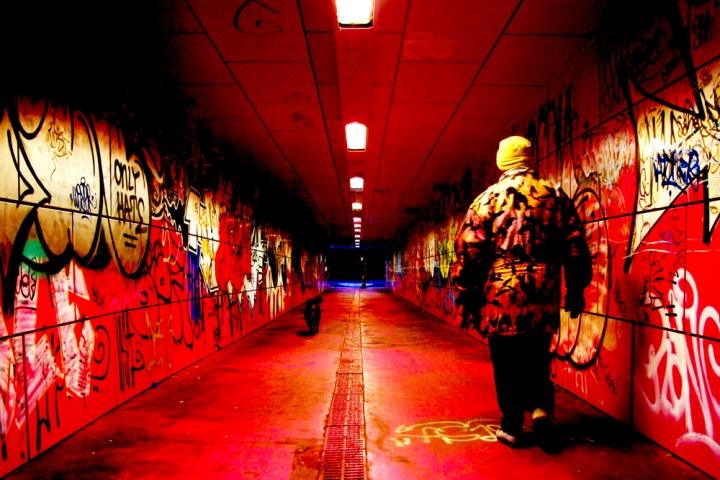 Walking in the Red Tunnel di gianni87