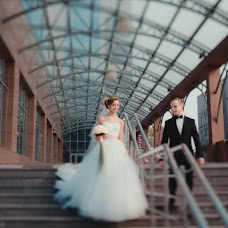 Wedding photographer Yuliya Kamardina (kamardinayu). Photo of 17.11.2013