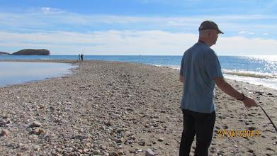 Photo: Vi fortsätter utåt, mycket småstenar har bildat denna sandbank