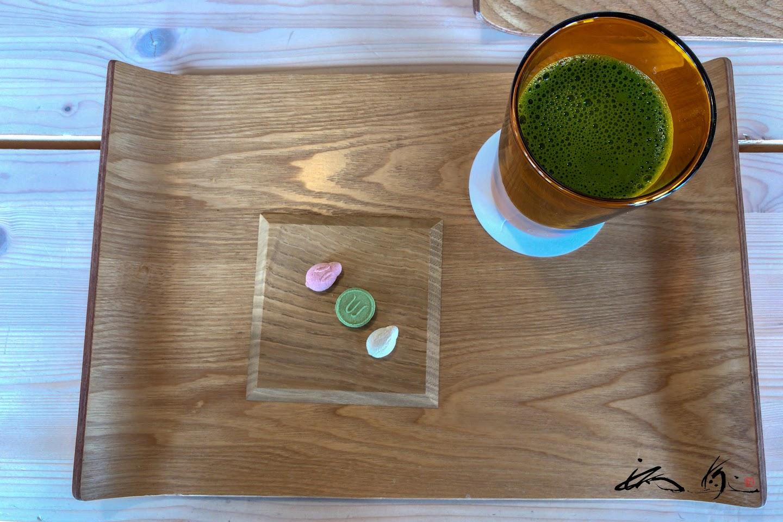 斬新なスタイルで飲む抹茶