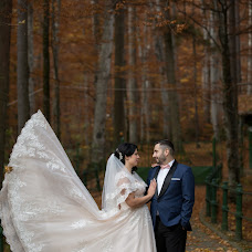 Wedding photographer Lucian Crestez (luciancrestez). Photo of 06.12.2018