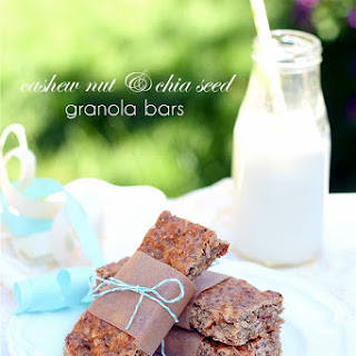 Cashew and Chia Seed Granola Bars