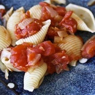 Shells with Fennel Tomato Sauce