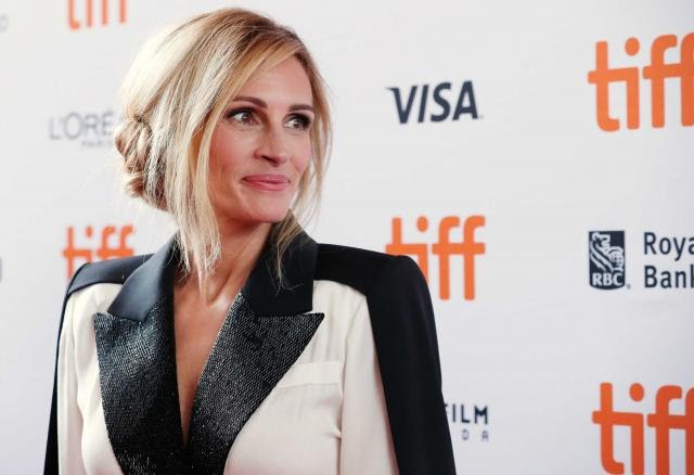 ( source: https://www.reuters.com/article/us-filmfestival-tiff-homecoming/julia-roberts-first-tv-series-gets-toronto-festival-premiere-idUSKCN1LO03B )