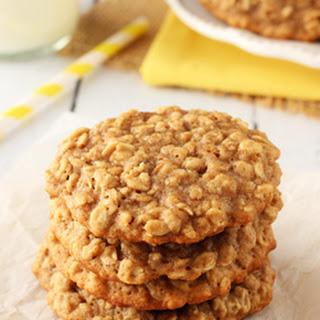 Moist and Chewy Banana Oatmeal Cookies.