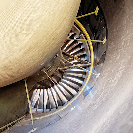 Boeing 787-8 Engine by Richard Michael Lingo - Artistic Objects Other Objects ( artistic objects, engine, arizona, airplane, jet )