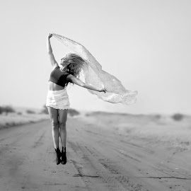 Jump by IDG Photography - People Portraits of Women