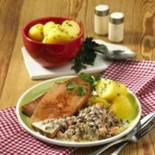 Fleischkäse mit Linsen-Käse-Gemüse