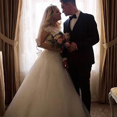 Wedding photographer Oksana Shvernickaya (OksanaS). Photo of 18.04.2018